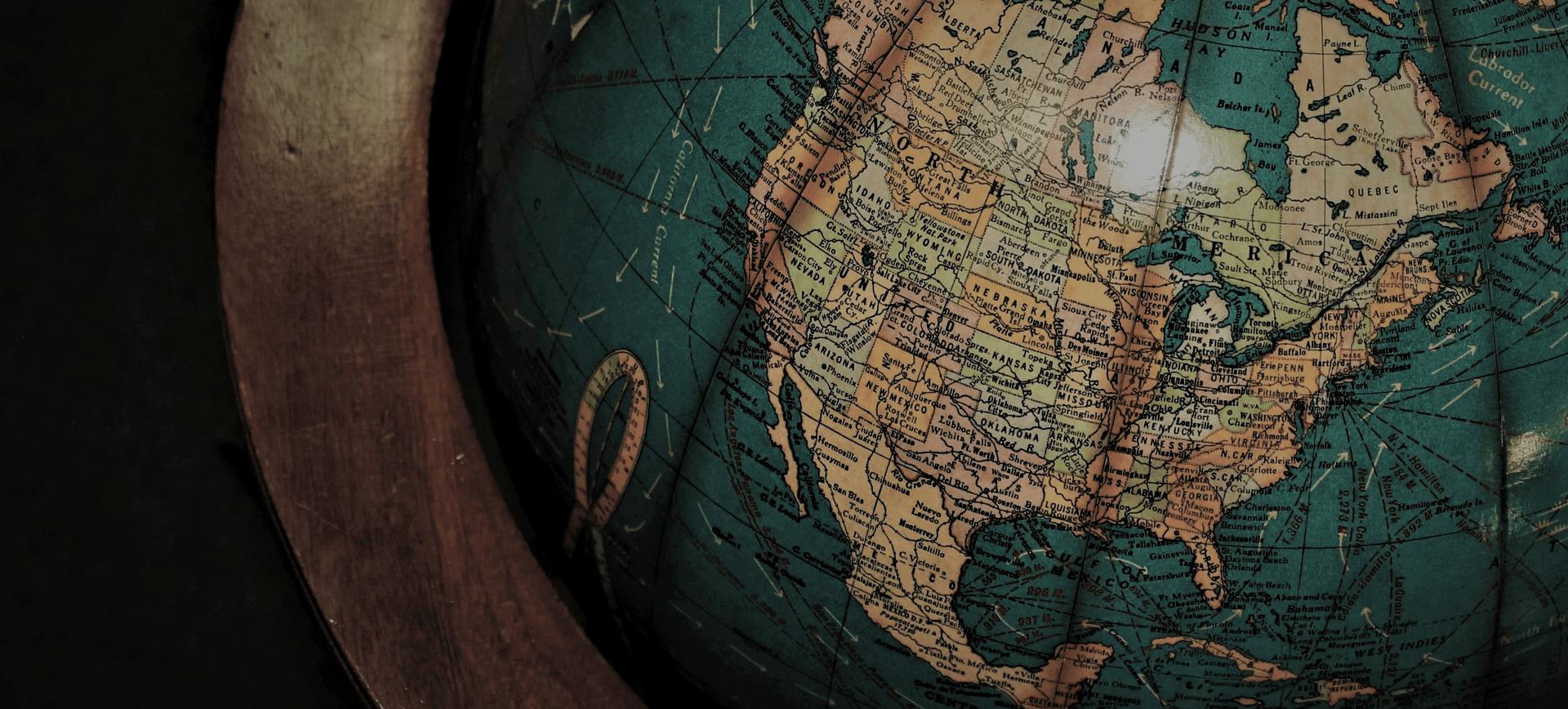 Wereldbol Reis door de wijn