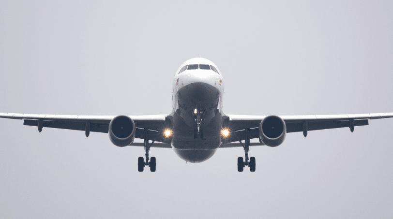 Vliegtuig landing Reis door de wijn